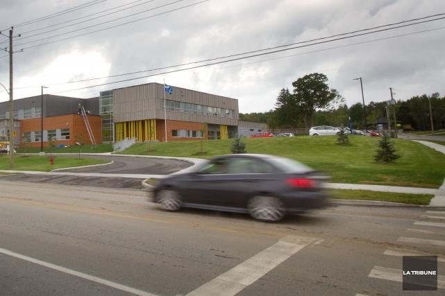 Les deux nouvelles écoles primaires de Sherbrooke, soit... (Imacom, René Marquis)