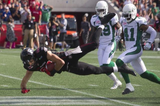 Ottawa a battu les Roughriders 35-13, hier....
