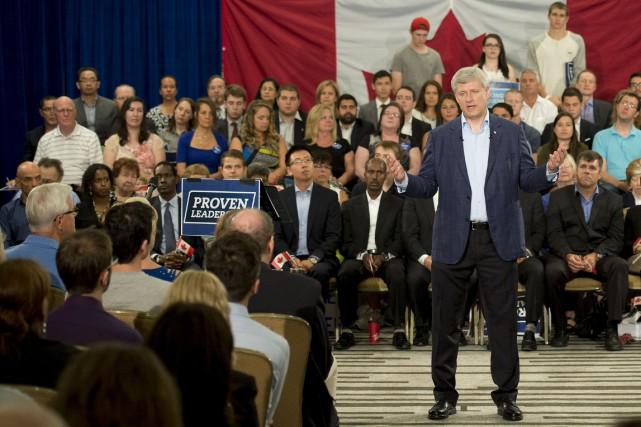 Le chef conservateur Stephen Harper... (La Presse Canadienne, Adrian Wyld)