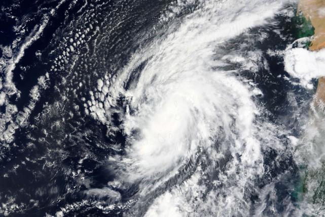 Avec des vents à 140 km/h, l'oeil du... (Photo AFP)