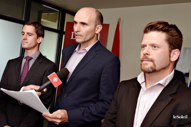 Les candidats libéraux Adam Veilleux, Jean-Yves Duclos et... (Le Soleil, Patrice Laroche)