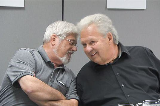 Guy Julien et Yvon Picotte... (PHOTO RADIO-CANADA, TIRÉE DU SITE DE LA FPJQ)