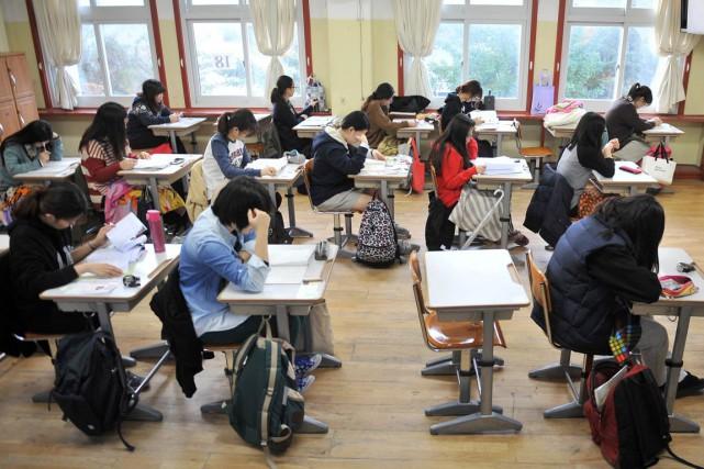 Éducation sexuelle à l'école: qu'en pensez-vous? (Archives AFP)