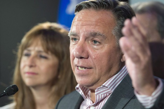 Le chef de la CAQ, François Legault... (PHOTO JACQUES BOISSINOT, LA PRESSE CANADIENNE)