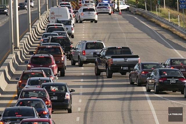 Le retour à la maison a été difficile pour bien des automobilistes... (Archives La Tribune)