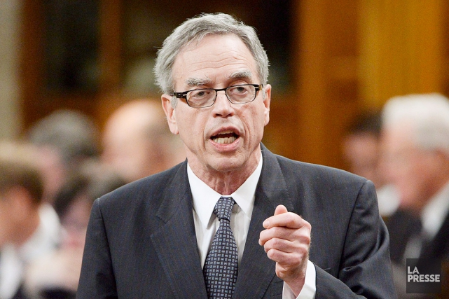 Il y a un mois, le ministre fédéral... (La Presse Canadienne, Adrian Wyld)