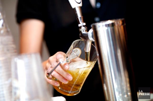 Bien que la consommation d'alcool des Estriens se situe dans la moyenne... (Archives La Presse)