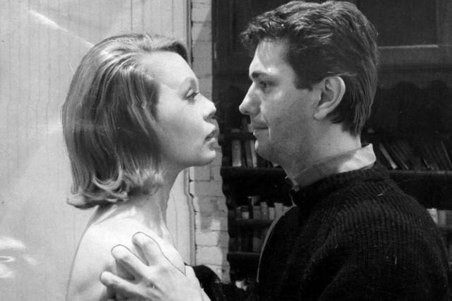 Catherine Bégin et Guy Godin dans une scène...