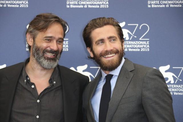 Le réalisateur Baltasar Kormakur et l'acteur Jake Gyllenhaal... (PHOTO AP)