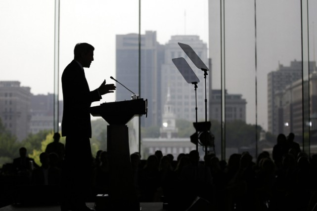 À Philadelphie, John Kerry s'est encore évertué à... (PHOTO AP)