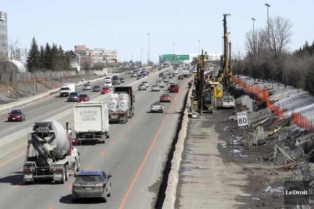 Les travaux d'élargissement de l'autoroute 417 entre l'avenue... (Etienne Ranger, archives LeDroit)