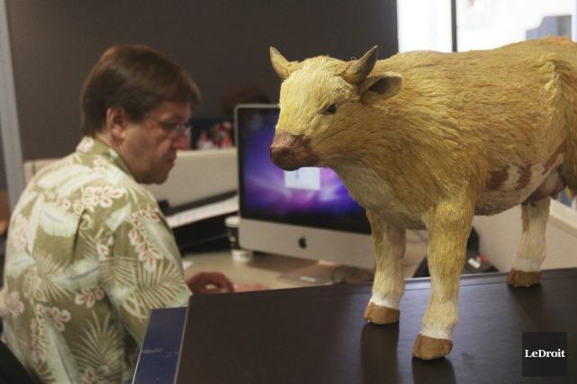 Vous souvenez-vous de ma vache Laurence? C'est son nom: Laurence. Je vous en ai... (Étienne Ranger, LeDroit)