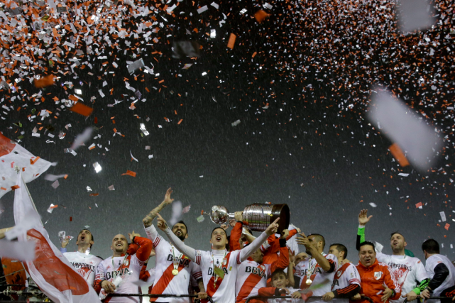 Le Chili a remporté la Copa America au... (Photo Ivan Fernandez, AP)