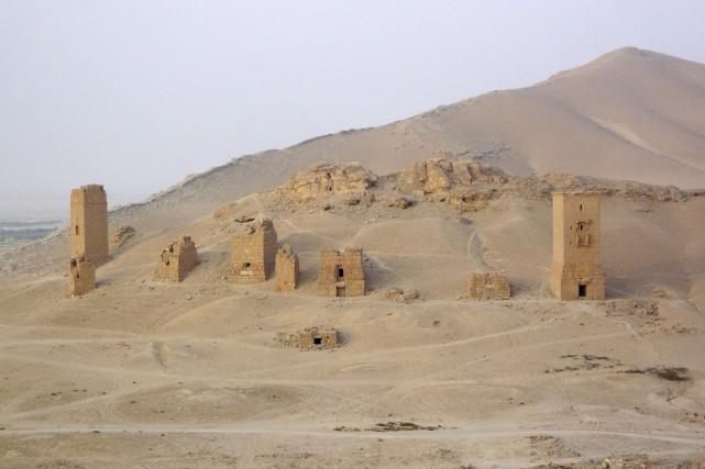 Les monuments funéraires sont situés dans la vallée... (PHOTO SANDRA AUGER, ARCHIVES REUTERS)