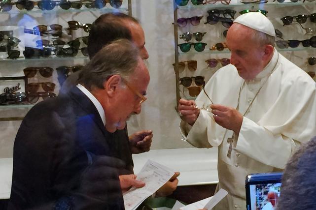 Selon l'agence d'informations religieuses I-Médias, le pape François... (Photo Daniel Soehne, AP)