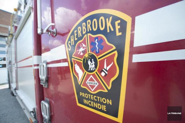 Un camion de pompier de la Ville de Sherbrooke a été impliqué dans un... (Archives La Tribune, Julien Chamberland)