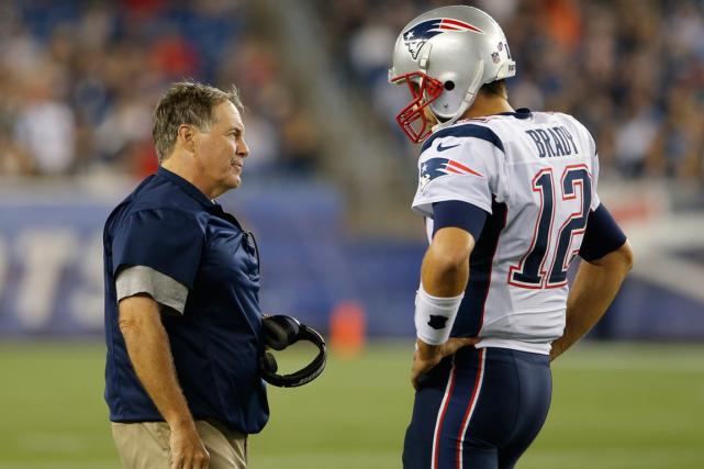 L'entraîneur-chef des Patriots de la Nouvelle-Angleterre, Bill Belichick,... (Photo David Butler II, archives USA Today)