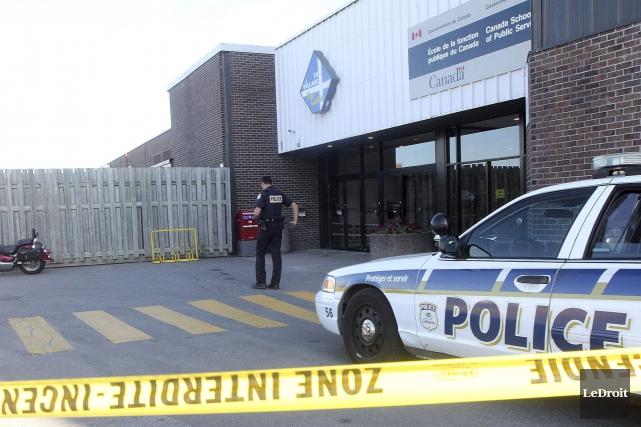 L'enveloppe suspecte a été découverte vers 16h, au425,... (Etienne Ranger, LeDroit)