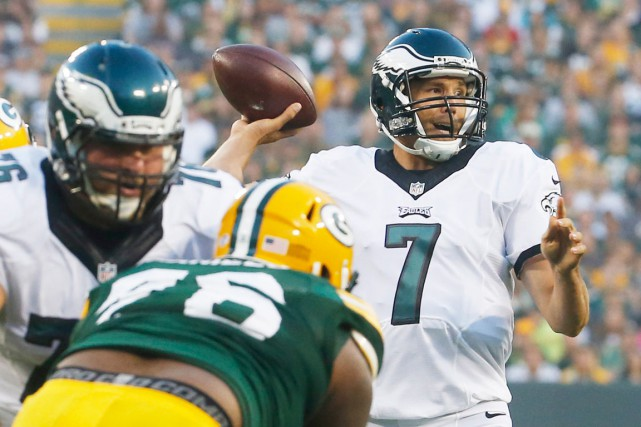 Acquis par les Eagles en retour d'un autre... (Photo AP, Mike Roemer)