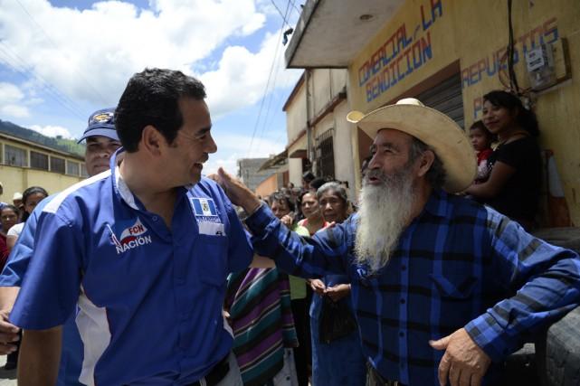Le candidat favori, l'humoriste Jimmy Morales, lors d'une... (Photo Orlando Estrada, AFP)