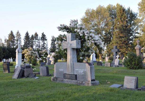 L'inhumation semble de moins en moins populaire.... (Photo Le Progrès-dimanche, Rocket Lavoie)