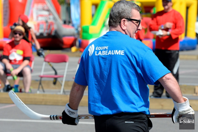 Le maire Régis Labeaume a adressé ses reproches... (Le Soleil, Erick Labbé)