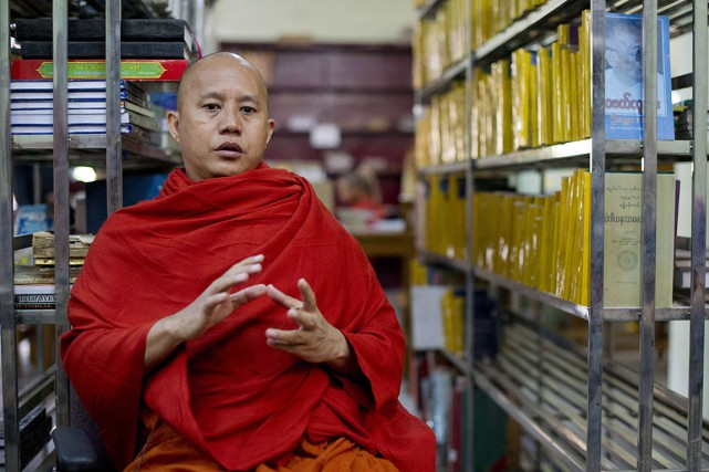 Le moine bouddhiste Wirathu sème la haine contre... (Photo Ye Aung Thu, archives AFP)