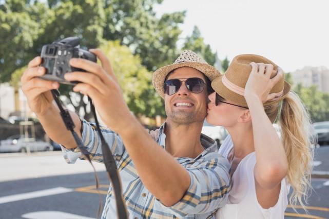 Les Français prennent en moyenne 252 photos pendant leurs vacances, mais les... (Photo Digital/Thinkstock)