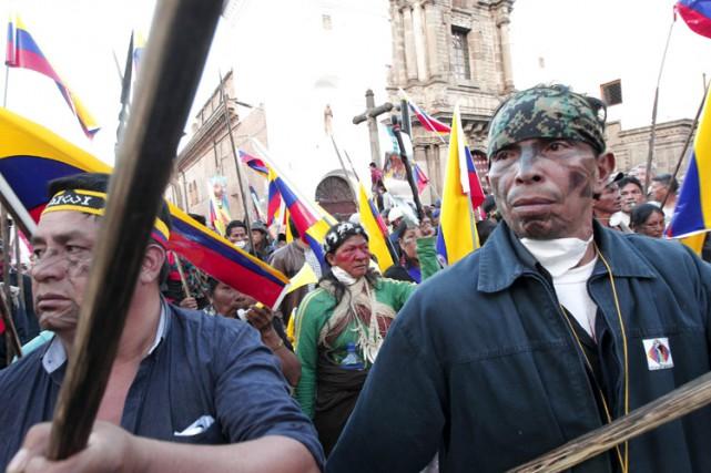 Rafael Correa a accusé des médias de mentir... (PHOTO REUTERS)