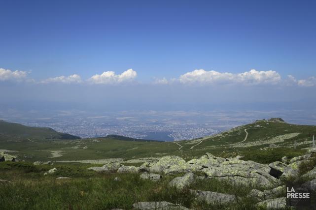 Le mont Vitosha culmine à presque 2300 m.... (Photo Louis-Samuel Perron, La Presse)