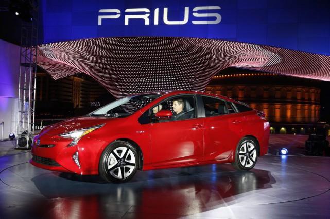 La Toyota Prius modèle 2016 a été conçue... (PHOTO JOHN LOCHER, ASSOCIATED PRESS)