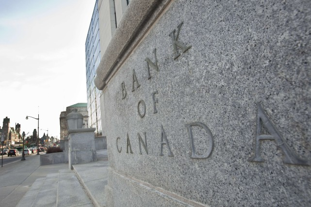 La Banque du Canada avait réduit par deux... (Photo archives Agence France-Presse, Geoff Robins)
