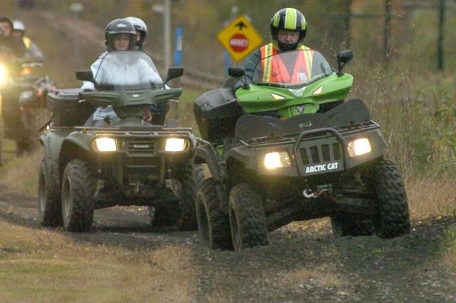 La Sûreté du Québec (SQ) demande aux propriétaires de véhicules tout terrain... (Archives La Tribune)