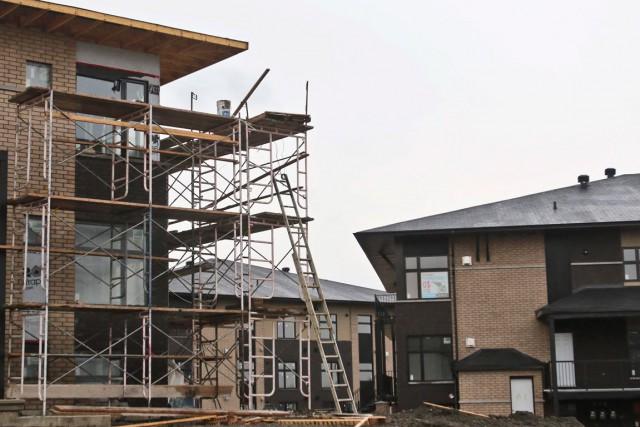 Le démarrage de grands projets de logements locatifs... (Patrick Woodbury, archives LeDroit)