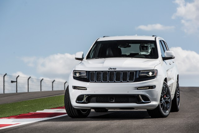 Le Jeep Grand Cherokee SRT, la version actuelle... (PHOTO FOURNIE PAR LE CONSTRUCTEUR)