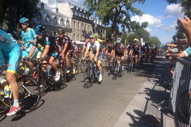 Le peloton du GP cycliste de Québec à... (Collaboration spéciale, Jean-Nicolas Patoine)