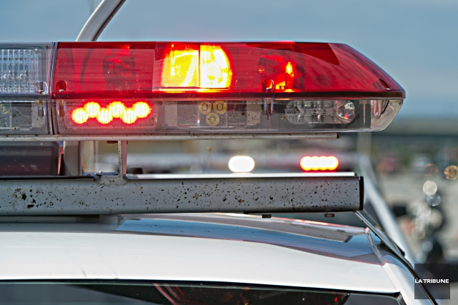 Un motocyliste âgé dans la trentaine a péri dans une collision avec une... (Archives, La Tribune)