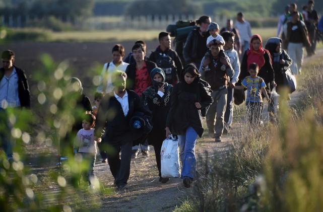«Cette vague de migrantsa ceci de particulier qu'il... (PHOTO ATTILA KISBENEDEK, AGENCE FRANCE-PRESSE)