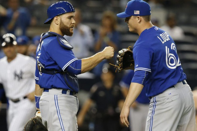 Russell Martin a frappé un simple d'un point, un... (Photo Kathy Willens, AP)