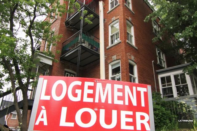 Plus de la moitié des ménages qui sont locataires de leur domicile dans la... (Archives, La Tribune)
