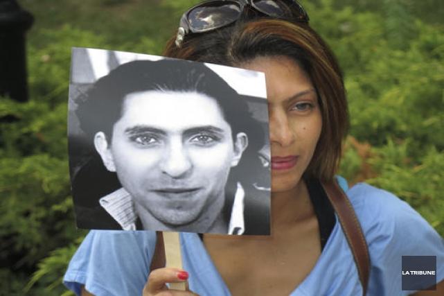 Le blogueur saoudien Raif Badawi aura maintenant une fondation à son nom. Des... (Archives, La Tribune)