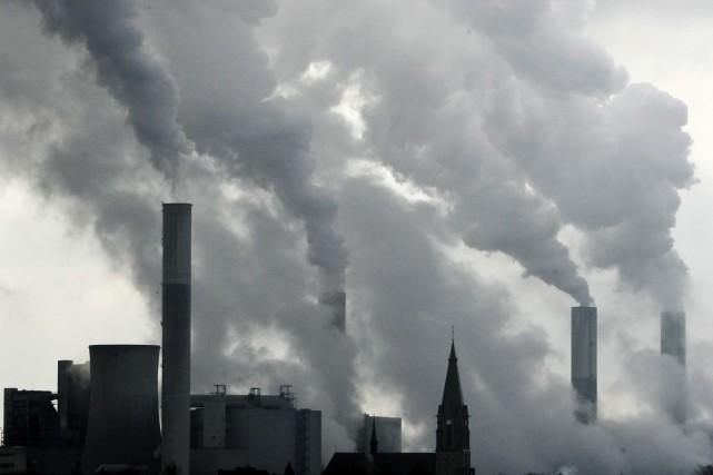 Après une semaine de discussions sur le climat... (Archives AP)