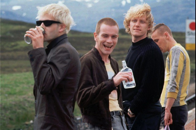 Les acteurs principaux de Trainspotting, Johnny Lee Miller, Ewan McGregor,... (Photo Daniel Liam, Archives Associated Press)