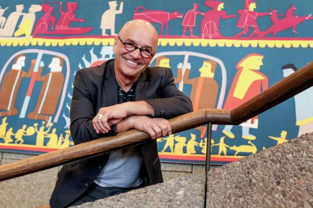 Le directeur artistique des Zones Théâtrales, René Cormier...