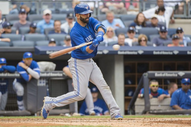Jose Bautista a claqué deux des quatre circuits des... (Photo Gregory Fisher, USA TODAY Sports)