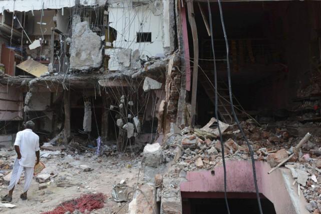 L'explosiona fait au moins 88 morts samedi dans... (Photo Sam PANTHAKY, AFP)