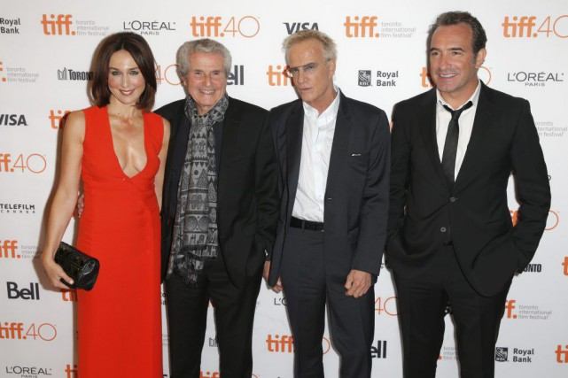 Claude Lelouch en compagnie des acteurs Elsa Zylberstein, Christopher... (Photo Joe Scarnici, AFP)