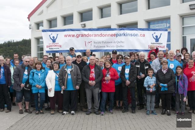 Une soixantaine de personnes ont participé à la... ((Photo Le Quotidien, Michel Tremblay))