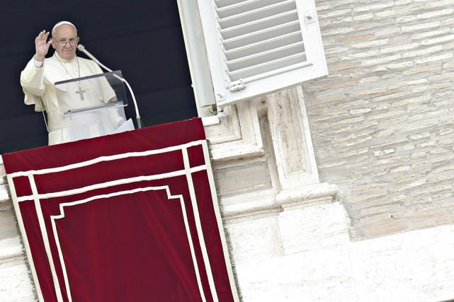 Le pape François a toutefois reconnu que les... (PHOTO GIAMPIERO SPOSITO, REUTERS)