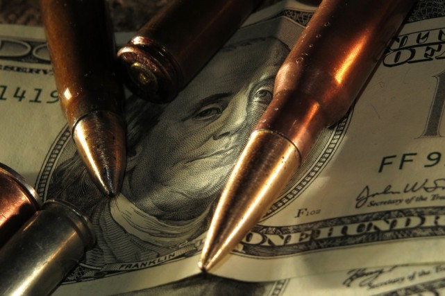 Malgré la déprime économique, les dépenses militaires mondiales... (Photo: www.Torange-fr.com)
